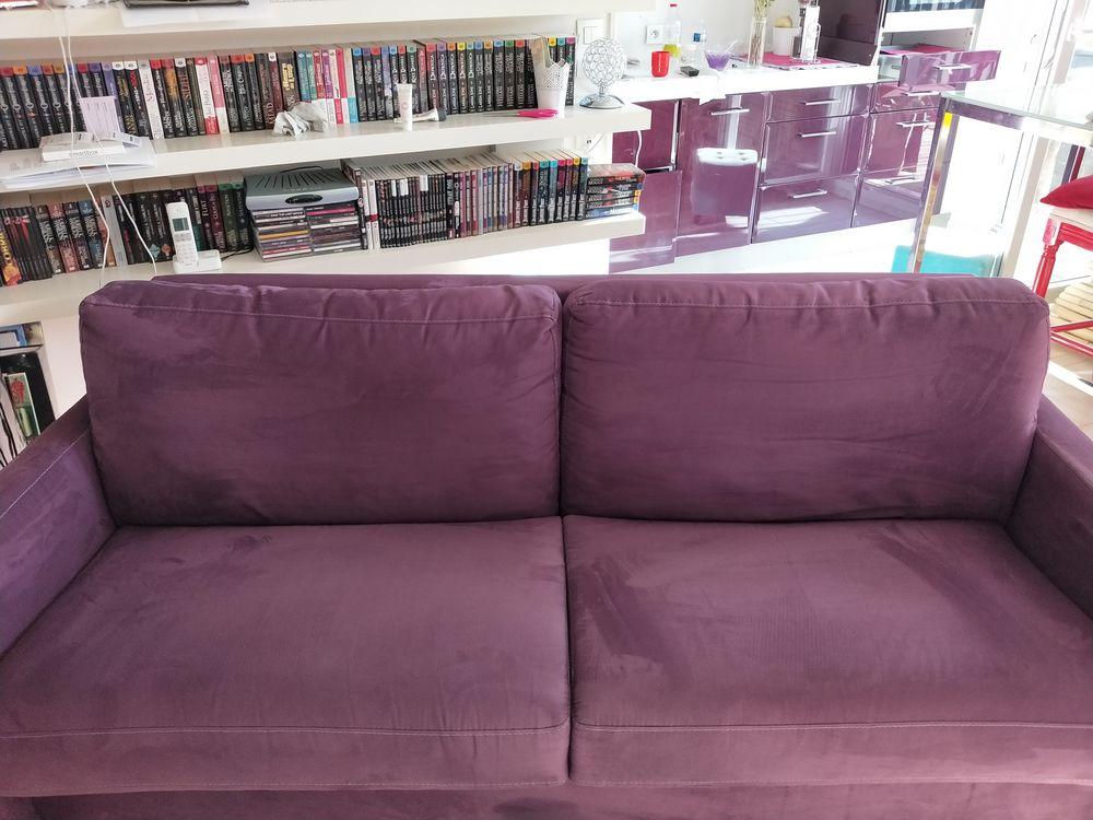 canapé convertible violet (La Maison du Convertible) 1500 Bagnolet (93)