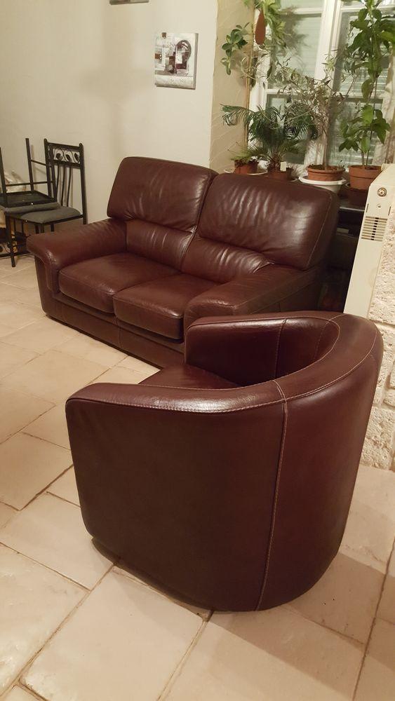 fauteuils cuir occasion montereau fault yonne 77 annonces achat et vente de fauteuils cuir. Black Bedroom Furniture Sets. Home Design Ideas