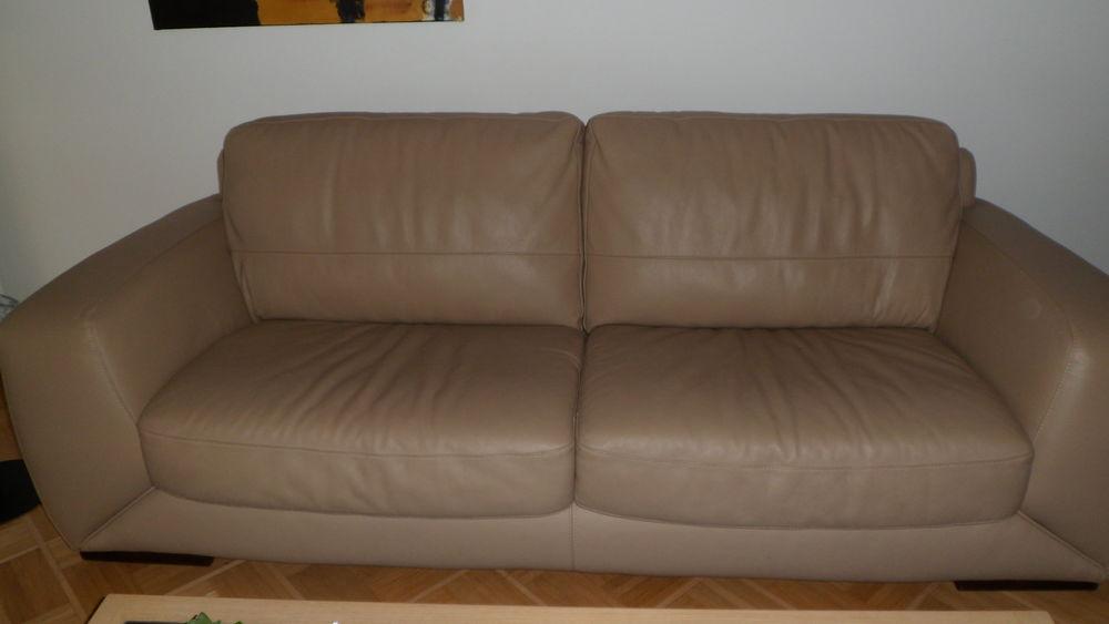 canapé cuir beige 400 Saint-Etienne (42)