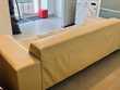 Canapé en cuir beige 3 places en excellent état Meubles