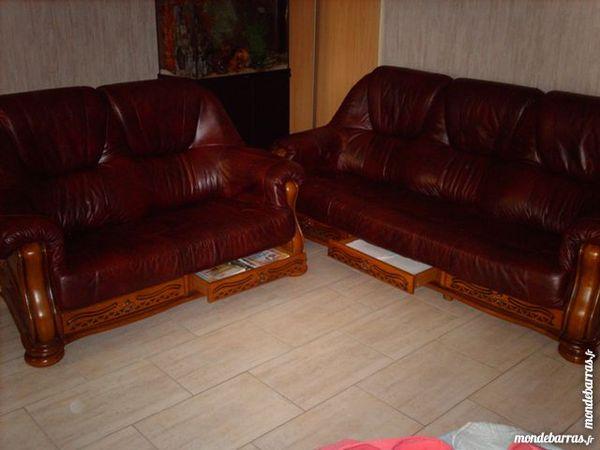 Achetez canap cuir bordeaux occasion annonce vente montigny en ostrevent - Canape cuir bordeaux ...