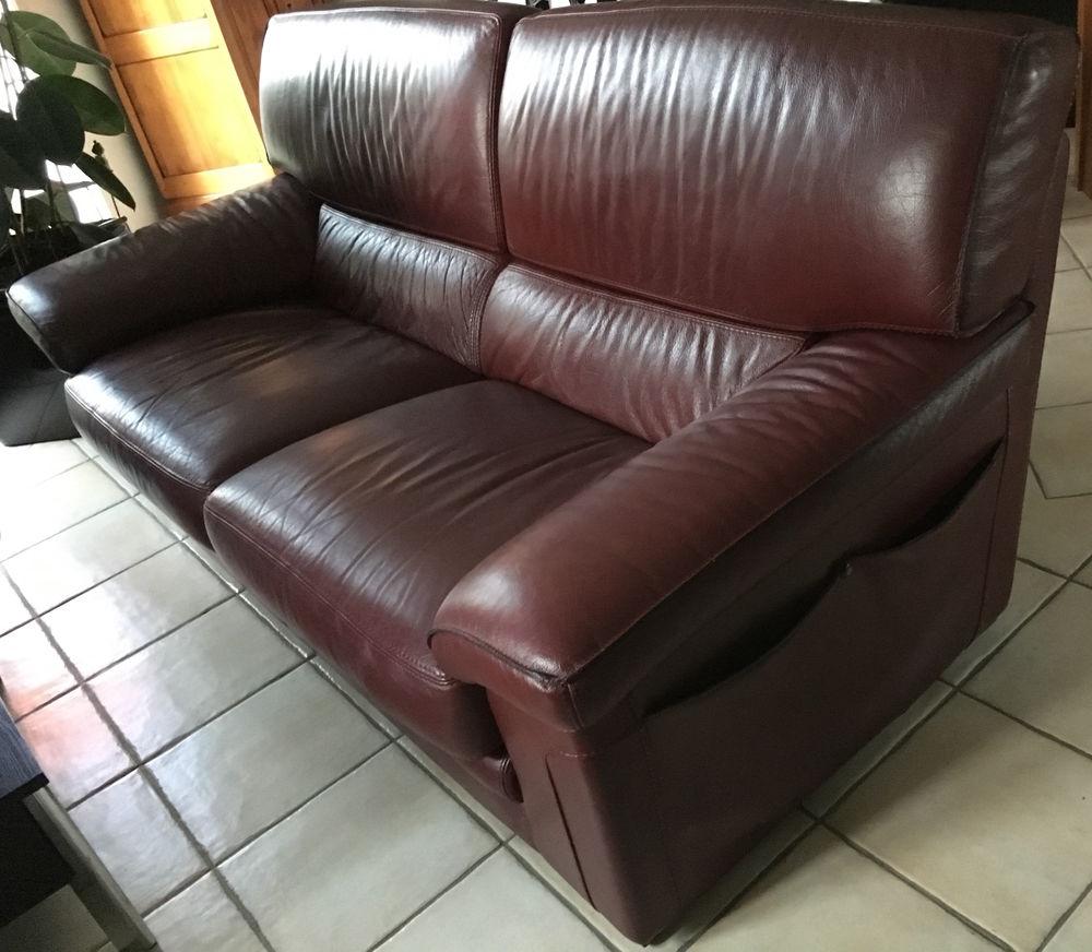 Achetez canape en cuir de occasion annonce vente for Entretenir son canape en cuir