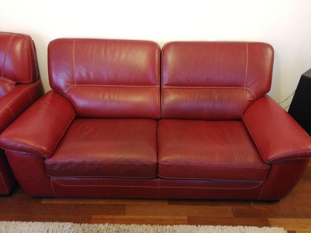 Lot canapé en cuir de buffle rouge 1200 Trélazé (49)