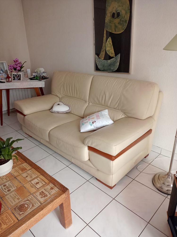 Canapé en cuir clair  150 Sanary-sur-Mer (83)