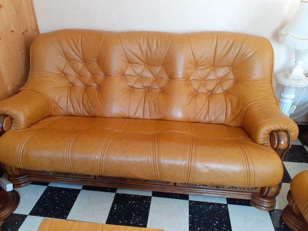 Canapé cuir + 2 fauteuils 200 Serquigny (27)
