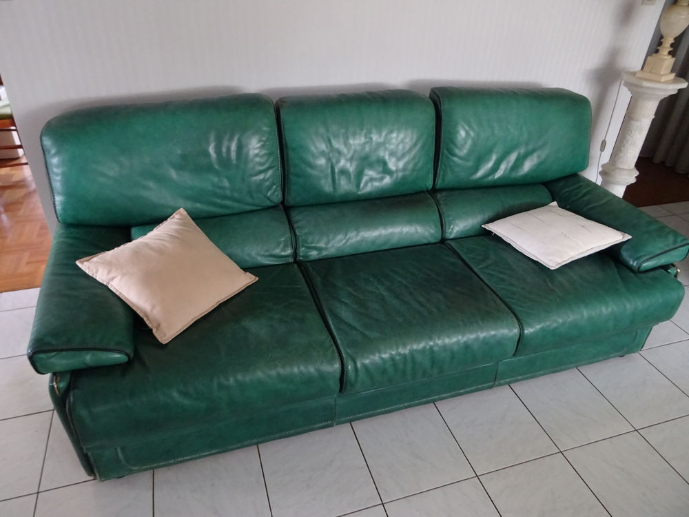 Canapé cuir fixe 3 places 150 Toulouse (31)