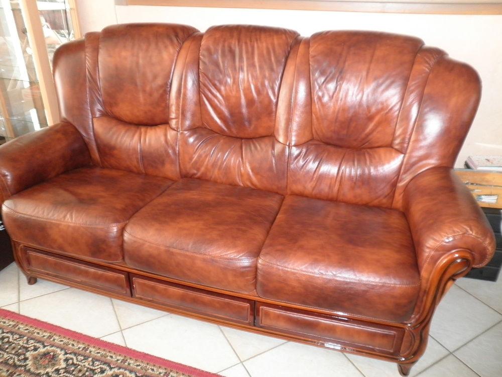 canap s marrons occasion en ille et vilaine 35 annonces achat et vente de canap s marrons. Black Bedroom Furniture Sets. Home Design Ideas