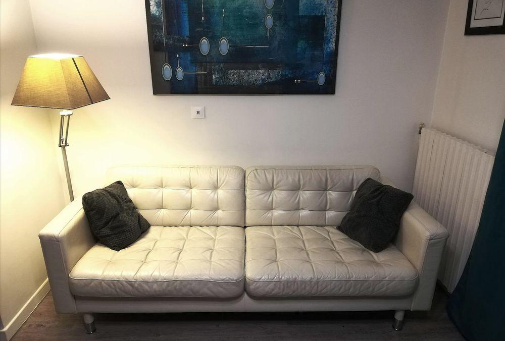 Canapé cuir moderne blanc 300 Noisy-le-Grand (93)