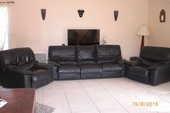 canapé cuir noir+ 2 fauteuils 300 Saint-Médard-en-Jalles (33)