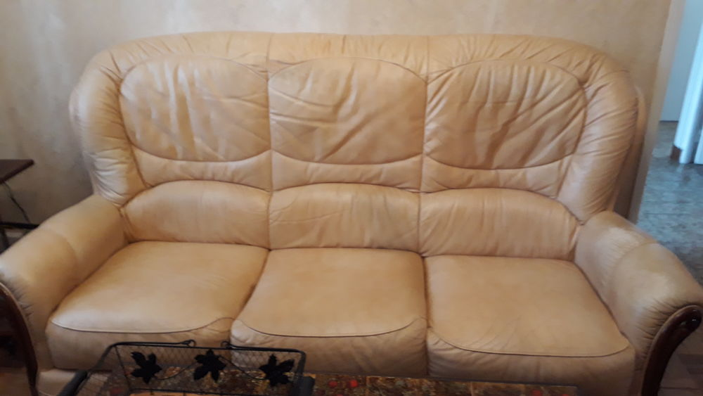 canape cuir 3 places et 2 fauteuils Meubles