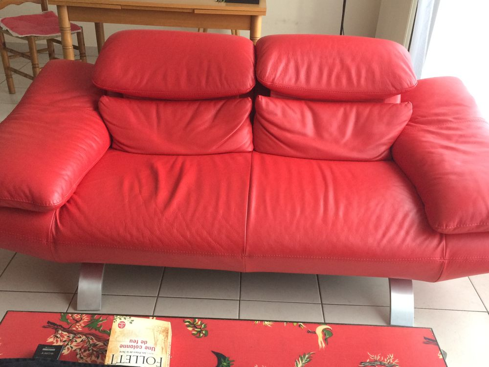 canapé cuir rouge tête relevable 1500 Douai (59)