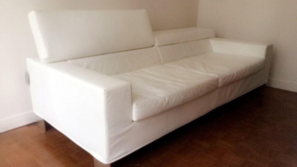 canap s en cuir occasion rennes 35 annonces achat et vente de canap s en cuir paruvendu. Black Bedroom Furniture Sets. Home Design Ideas