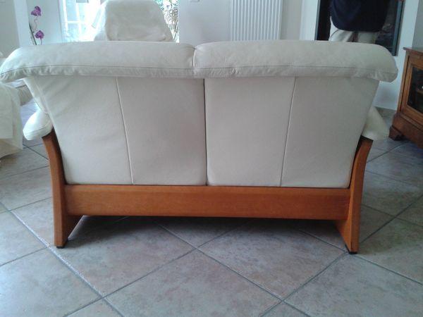 canap s occasion saint priest 69 annonces achat et vente de canap s paruvendu mondebarras. Black Bedroom Furniture Sets. Home Design Ideas