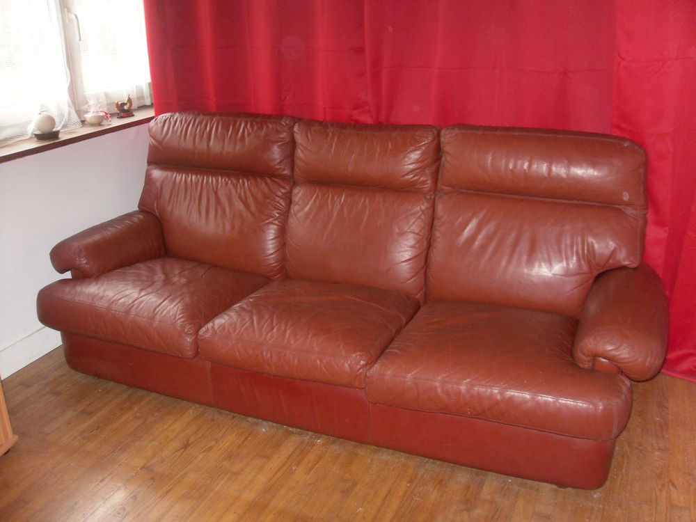 CANAPE CUIR 250 Guidel (56)