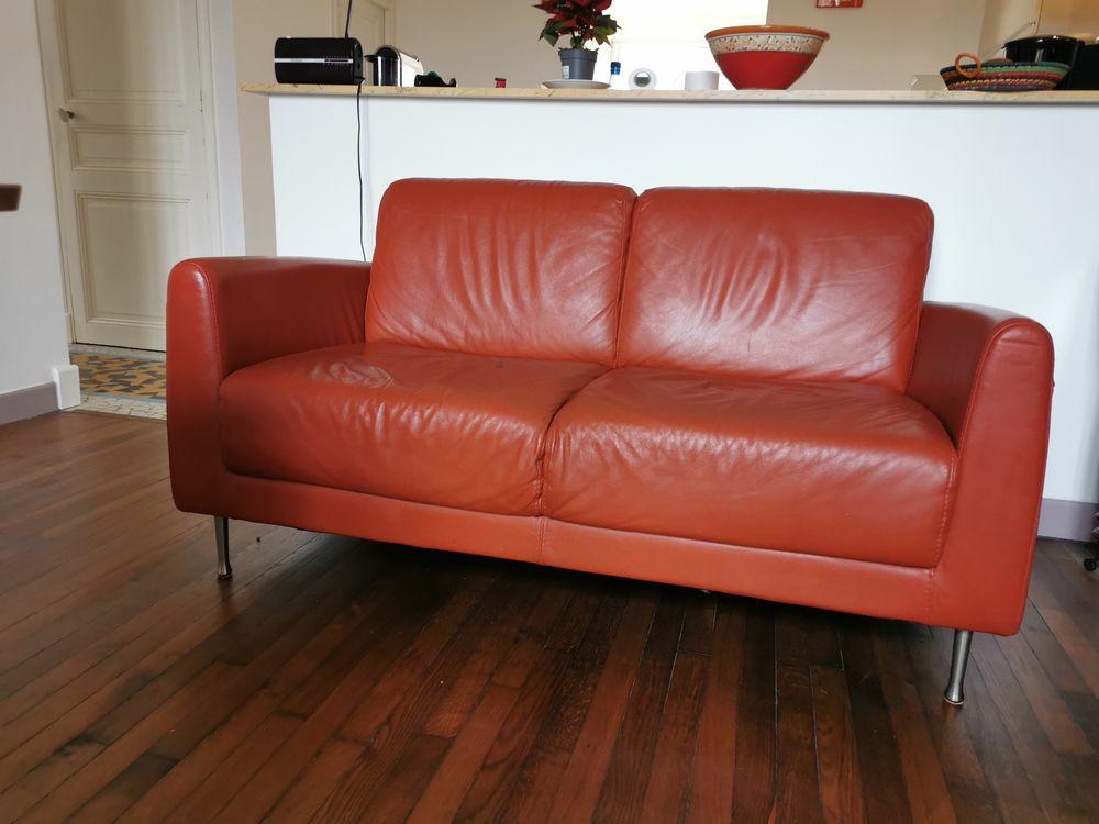Canapé en cuir . 120 Vitry-sur-Seine (94)