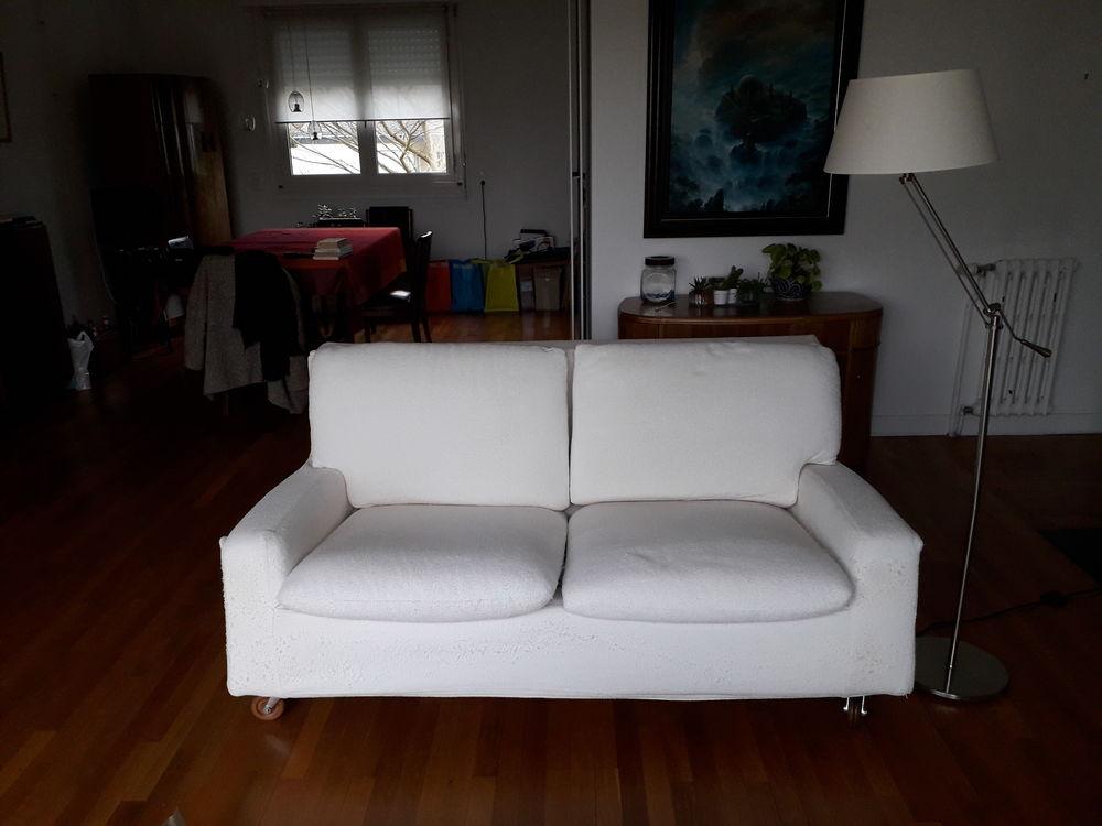 Canapé design blanc cassé 150 Lorient (56)