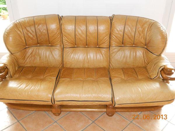 Canape et deux fauteuils cuir structure en chene meubles for Canape et deux fauteuils
