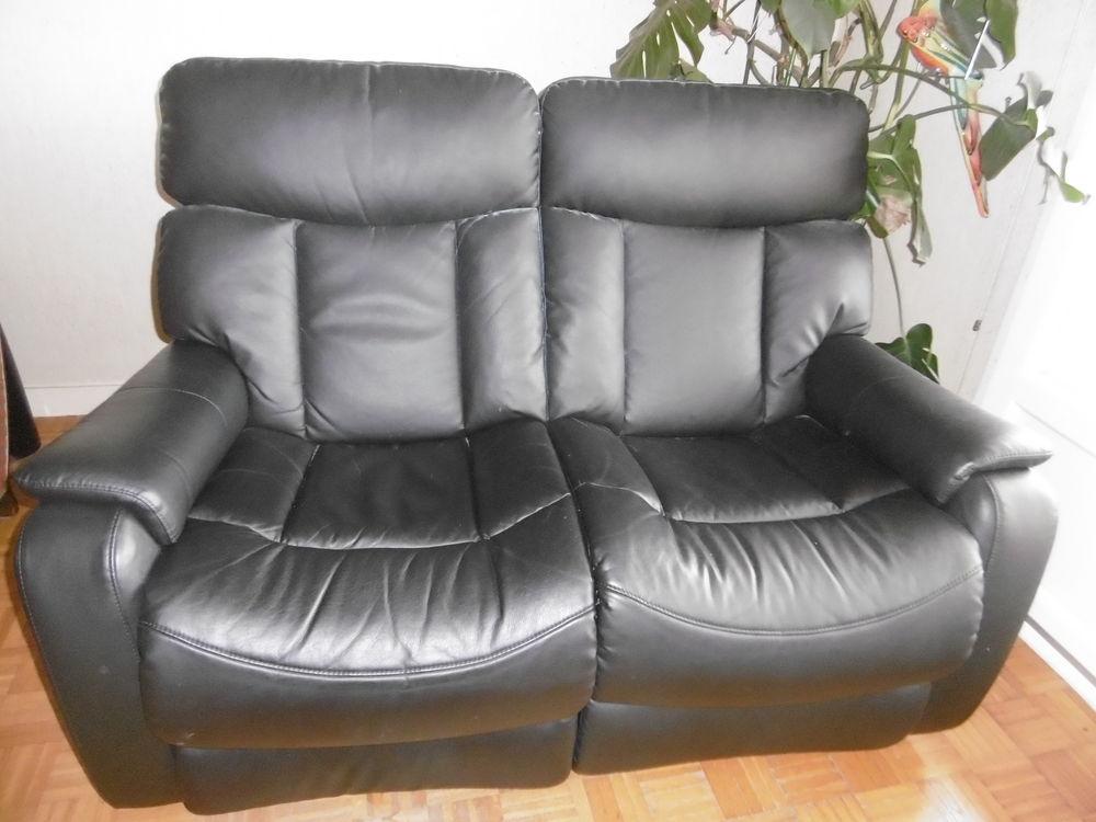 canap s occasion le puy en velay 43 annonces achat et vente de canap s paruvendu mondebarras. Black Bedroom Furniture Sets. Home Design Ideas