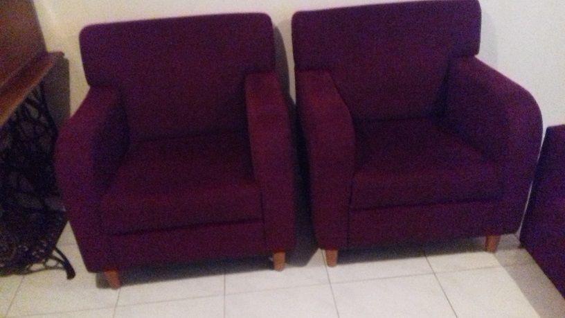 canapé deux places et deux fauteuils 200 Isneauville (76)