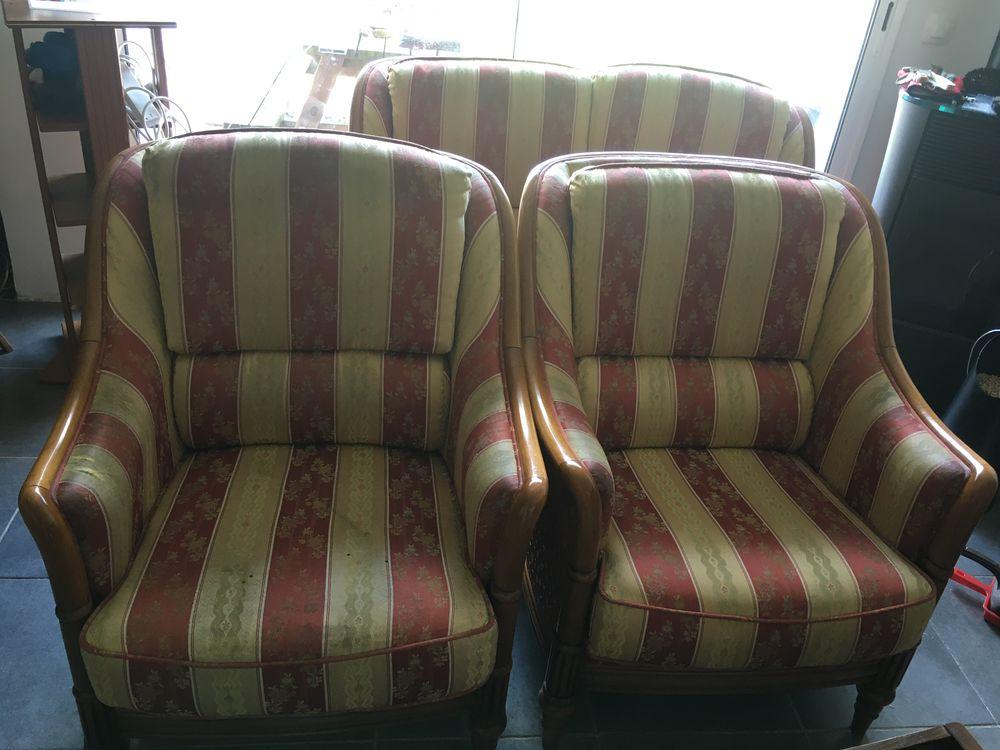 Canapé deux places et deux une plzce 45 Gonnehem (62)