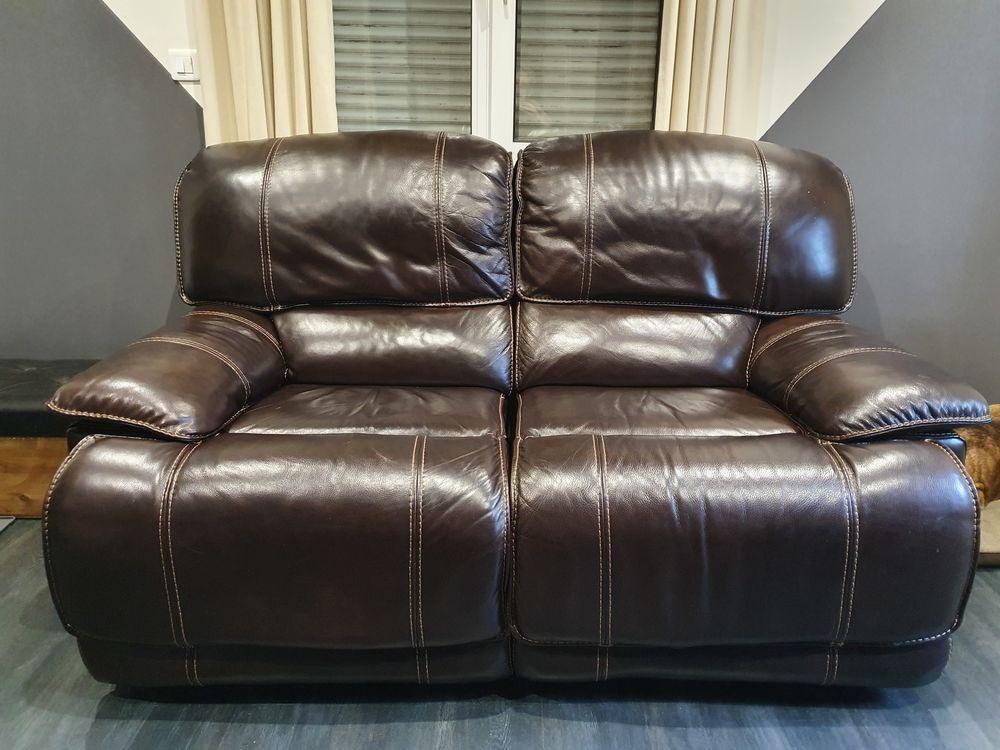 Canapé + fauteuil en cuir électrique 1800 Kaltenhouse (67)