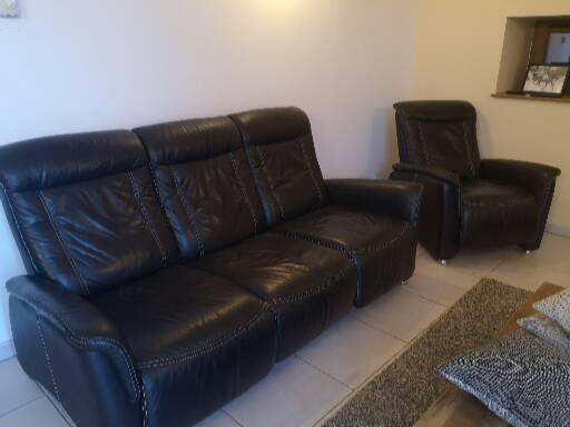 Canapé et fauteuil cuir 300 Champenay (67)