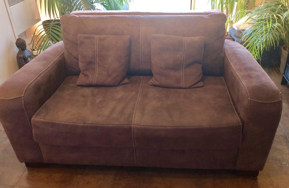 fauteuils cuir occasion dans le val de marne 94 annonces achat et vente de fauteuils cuir. Black Bedroom Furniture Sets. Home Design Ideas