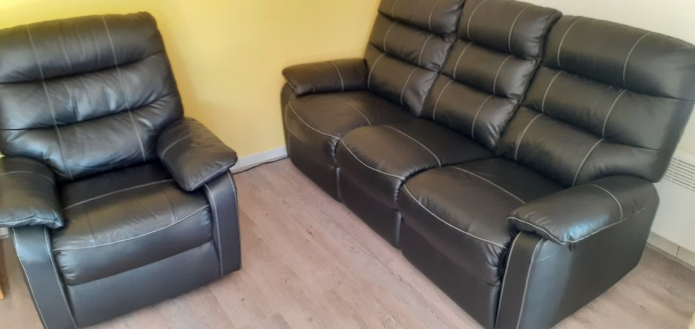 canapé et fauteuil relax électrique en cuir noir 0 Fréjus (83)