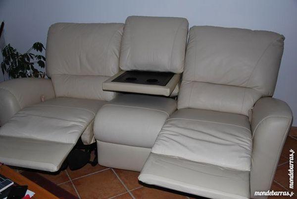canap s occasion dans le loiret 45 annonces achat et. Black Bedroom Furniture Sets. Home Design Ideas