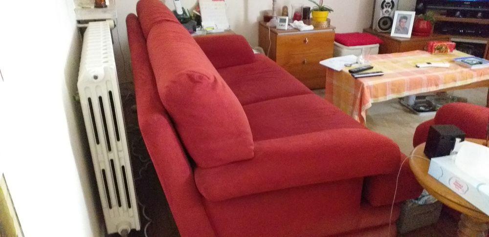 Canapé  et fauteuil 120 Brive-la-Gaillarde (19)