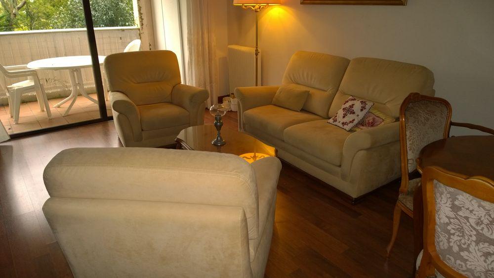 Achetez canape 2 fauteuils occasion annonce vente for Canape occasion 06