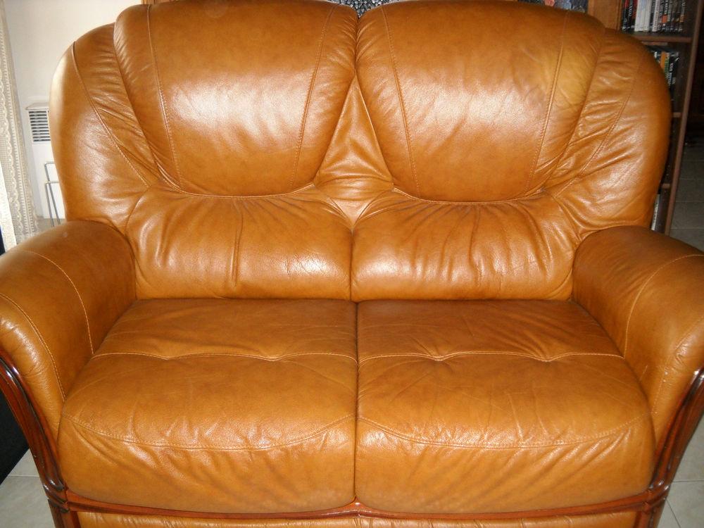 canapé + 2 fauteuils 450 Nice (06)