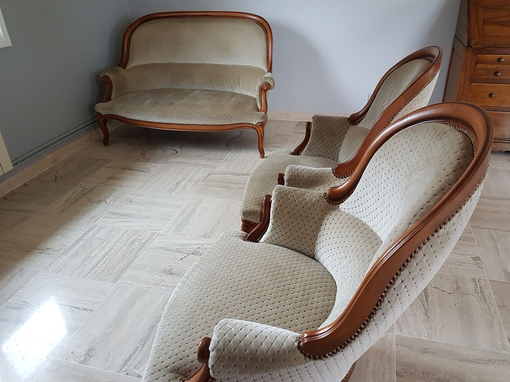 Canapé + 2 fauteuils  500 Pralong (42)