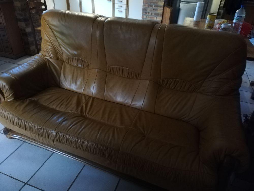 Canapé et fauteuils  0 Plouguenast (22)