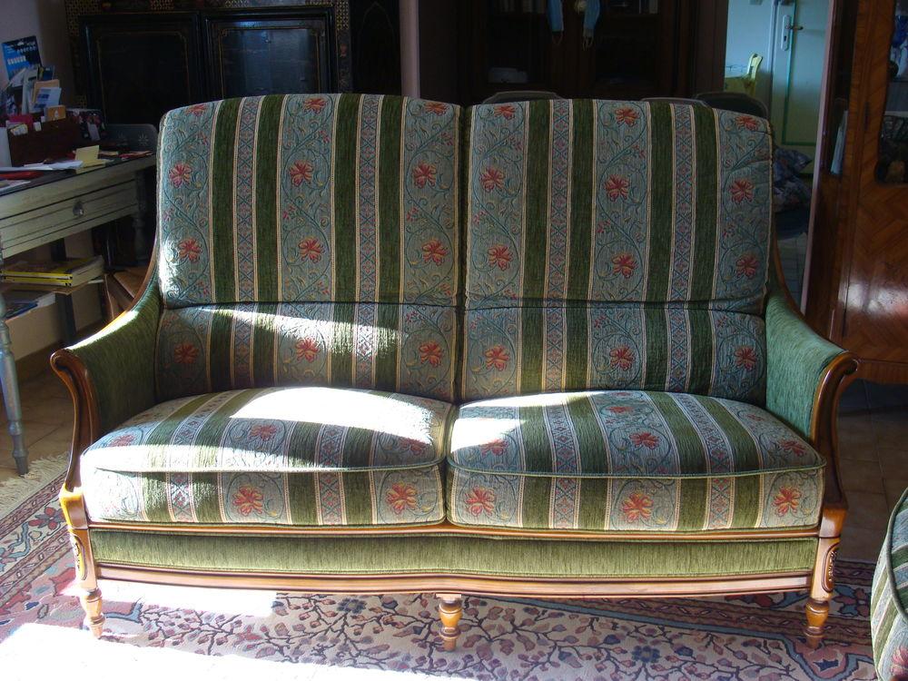 canapé + fauteuils 800 Le Buisson-de-Cadouin (24)