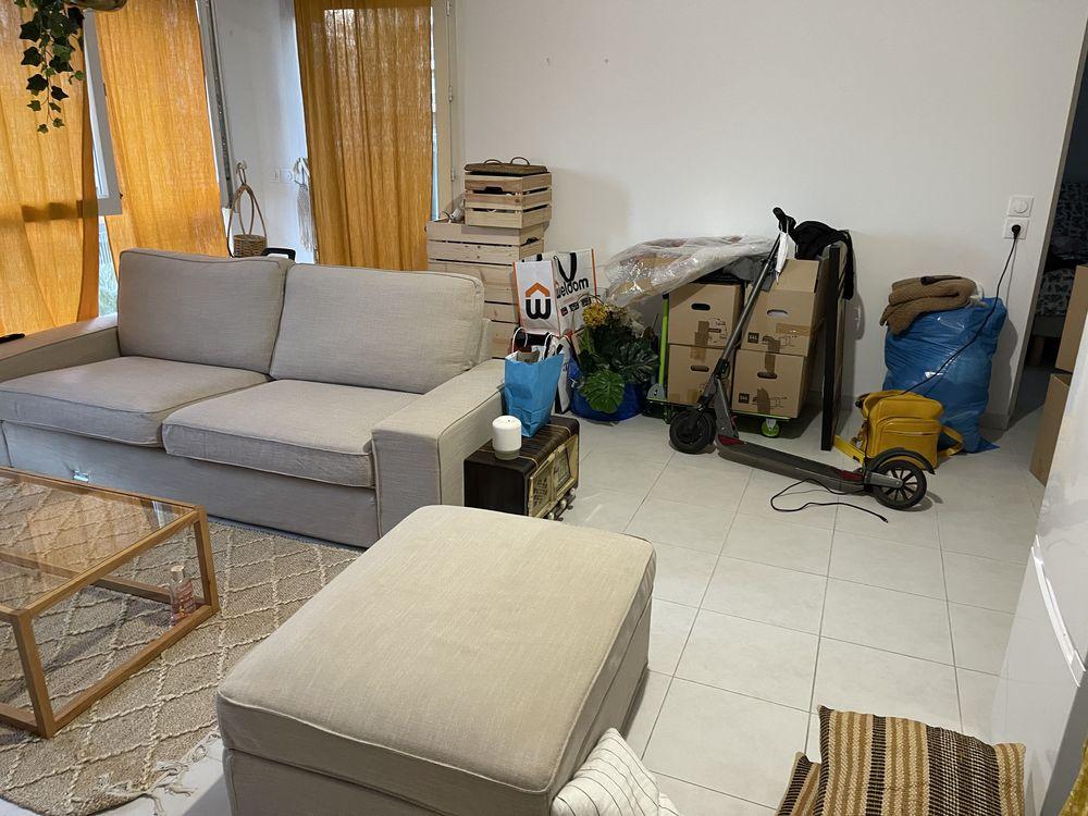 Je  un canapé IKEA la housse est un peu abîmé 0 Marseille 1 (13)