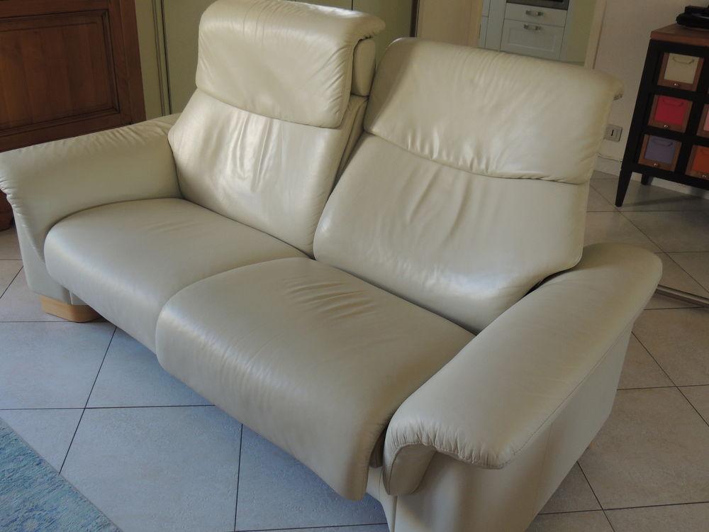 canap s occasion dans l 39 essonne 91 annonces achat et vente de canap s paruvendu. Black Bedroom Furniture Sets. Home Design Ideas