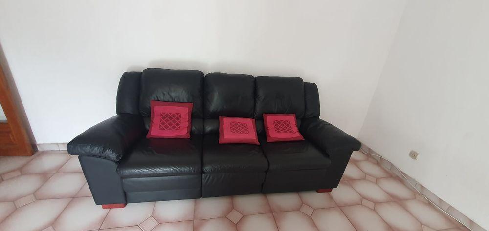 Canapé noir en cuir 3 places avec relaxes  0 Roquebrune-Cap-Martin (06)