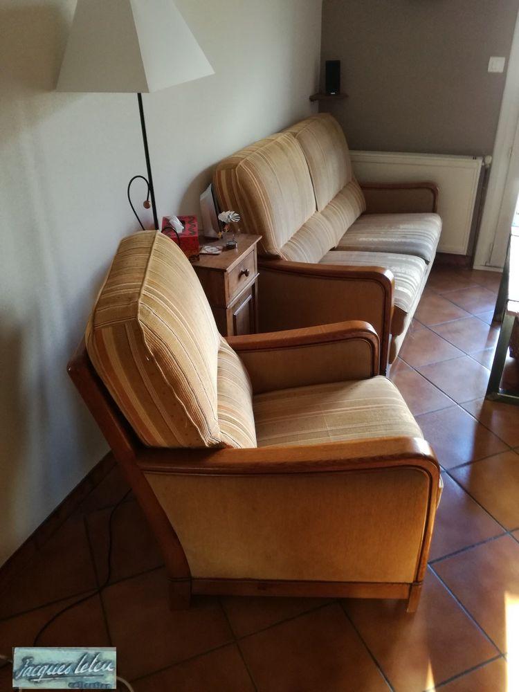 Canapé 2/3 places avec deux fauteuils marque J.Leleu 250 Bassillac (24)