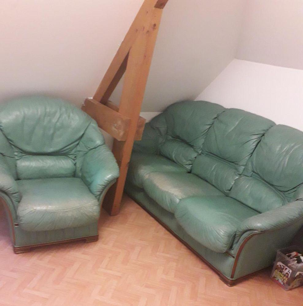 canapé 3 places avec 2 fauteuils 350 Noyal-sur-Vilaine (35)