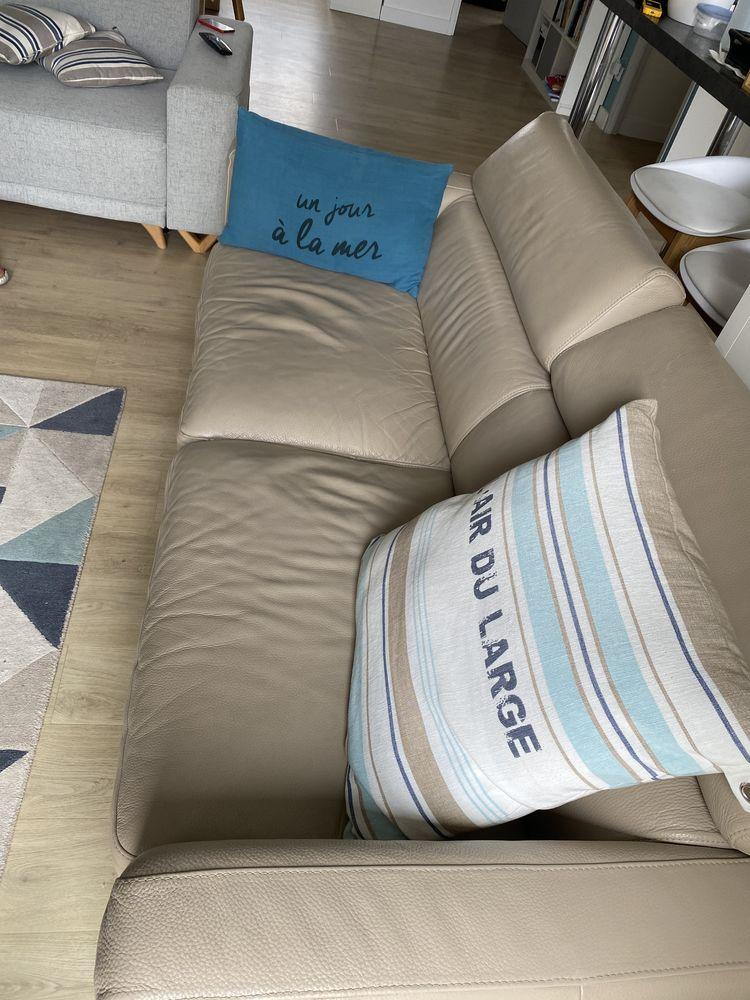 Canapé 3 places en cuire beige 360 Thouaré-sur-Loire (44)