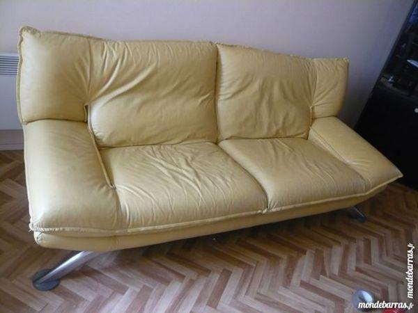 canap s 3 places occasion issy les moulineaux 92 annonces achat et vente de canap s 3. Black Bedroom Furniture Sets. Home Design Ideas