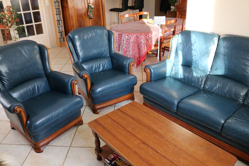 meubles en merisier occasion avignon 84 annonces achat et vente de meubles en merisier. Black Bedroom Furniture Sets. Home Design Ideas