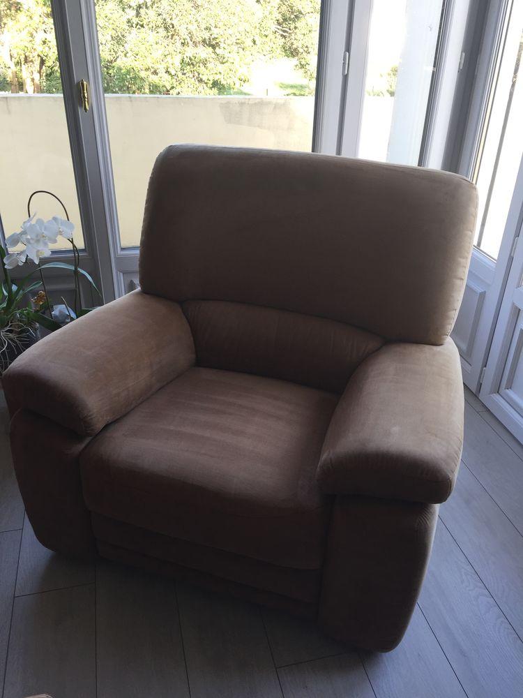canapé 3 places + 2 fauteuils 80 Le Bousquet-d'Orb (34)