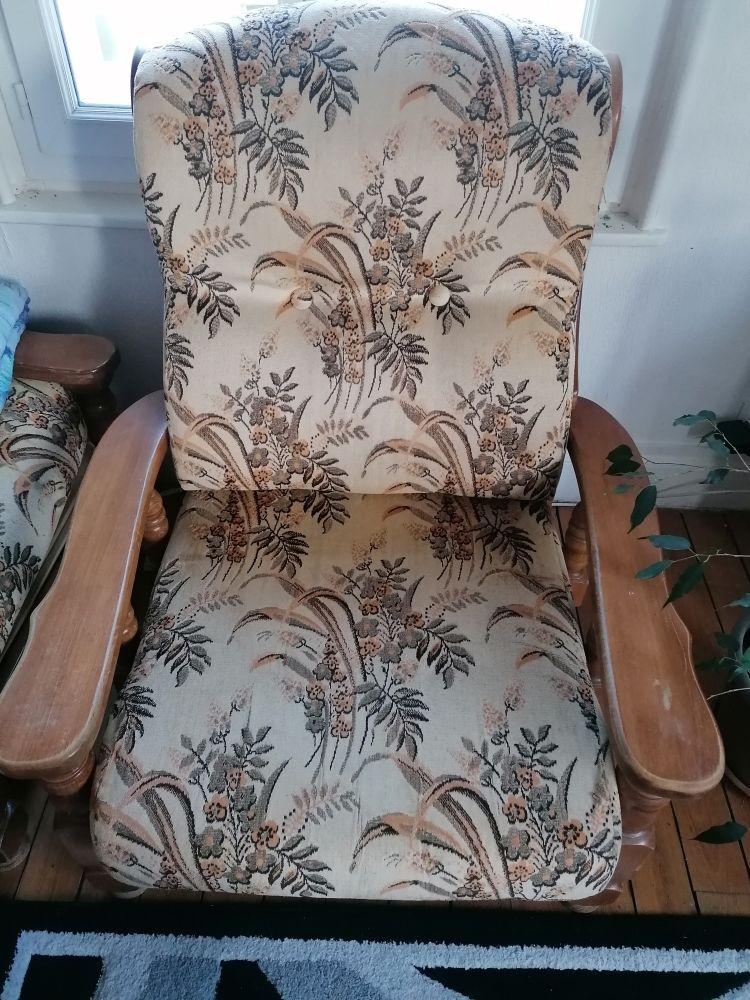 Canapé 3 places  et  2 fauteuils 130 Vouziers (08)