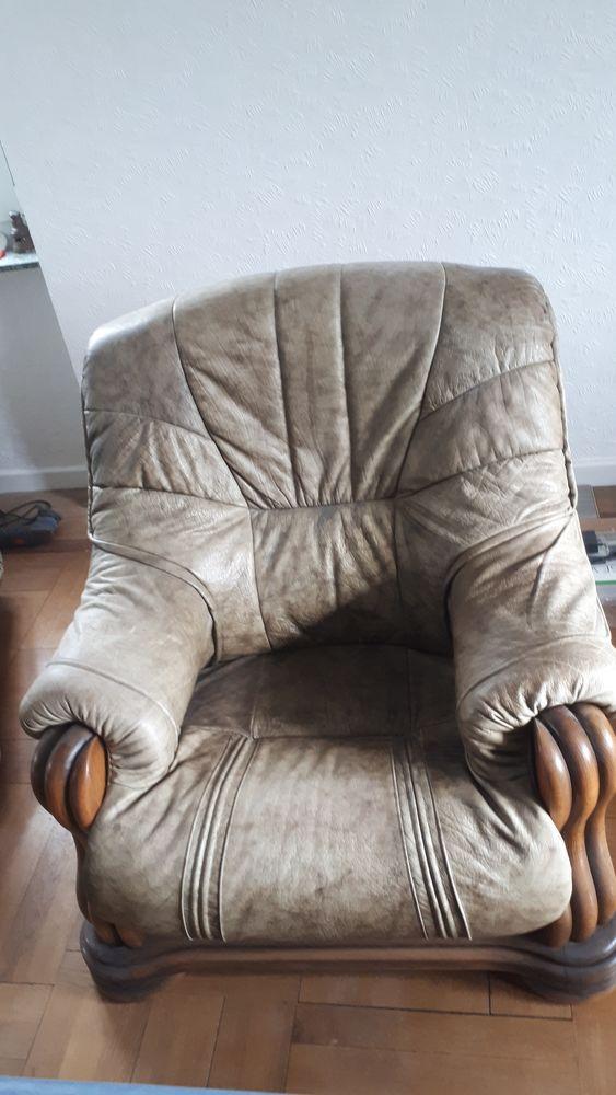 Canapé 3 places + 2 fauteuils cuir véritable. 180 Sarreguemines (57)