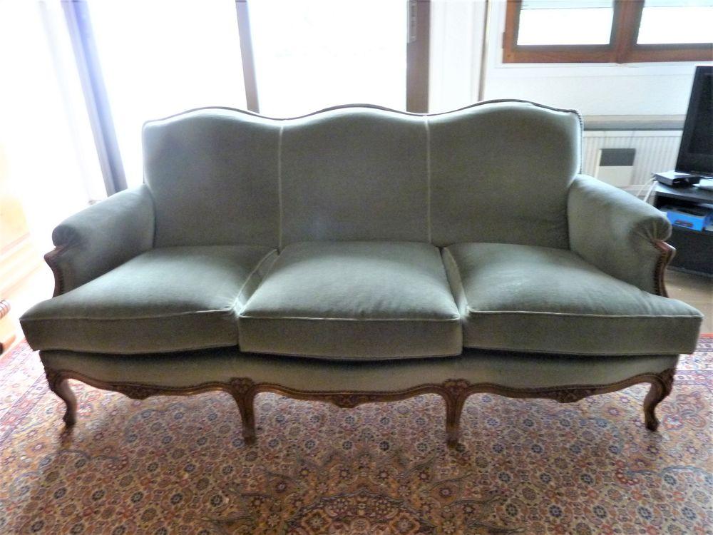 Canapé 3 places + pouf assorti  style Louis XV velours vert 610 Voiron (38)