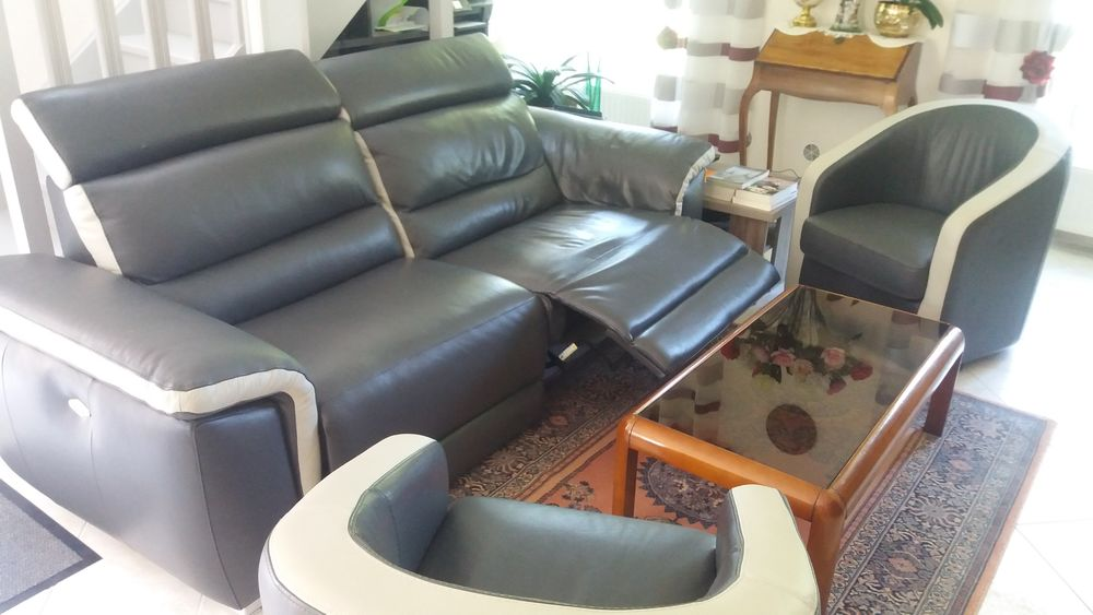 Achetez canape relax quasi neuf annonce vente bourges 18 wb156473228 for Canape relaxation electrique monsieur meuble