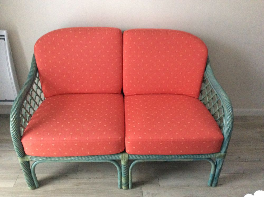 canap s rotin occasion annonces achat et vente de canap s rotin paruvendu mondebarras page 6. Black Bedroom Furniture Sets. Home Design Ideas
