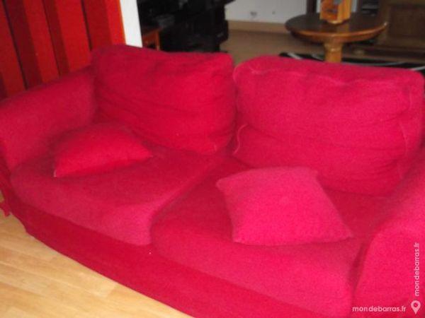 canapé rouge deux places etat neuf 80 Le Portel (62)